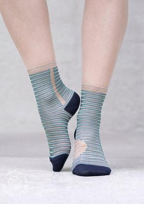 Atelier-St-Eustache-chaussettes-transparentes-graphiques-femme-bleue-pailletes-dorees-NottingHillBlue2-1_1024x1024